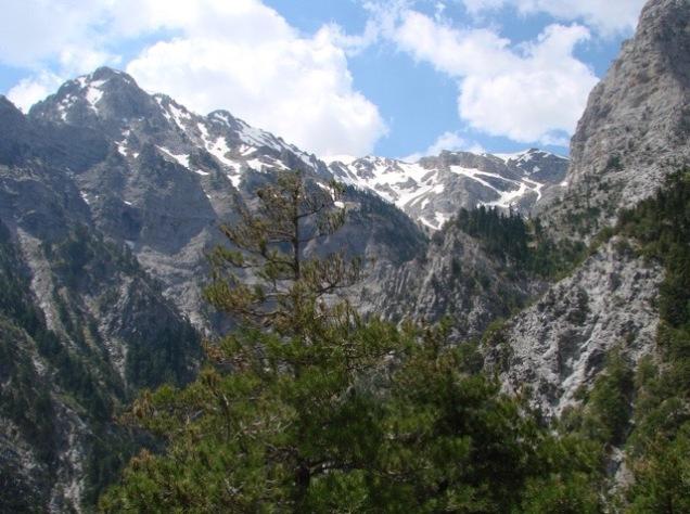 Aroania_Mountain_Chelmos_01