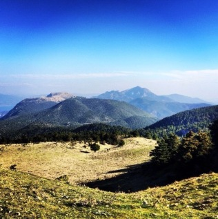 Gerania_Mountain_SanctuaryofHera_02