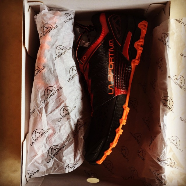 LaSportiva_Bushido_Uboxing_Review_03
