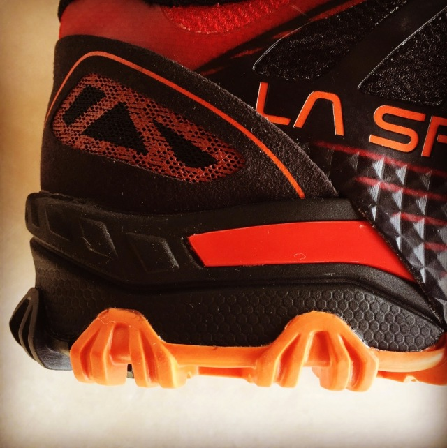 LaSportiva_Bushido_Uboxing_Review_13