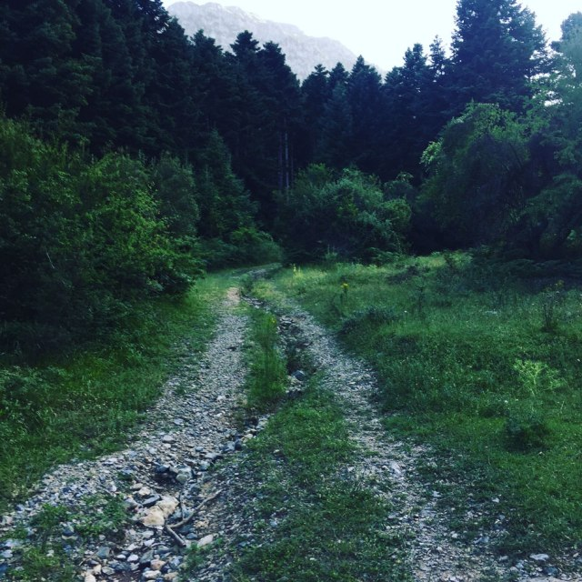 Mount_Pentelia_Dourdouvana_01