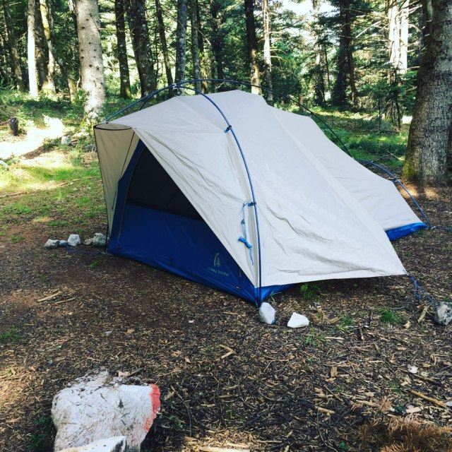 Sierra_Designs_Lightning2_Tent_review_02