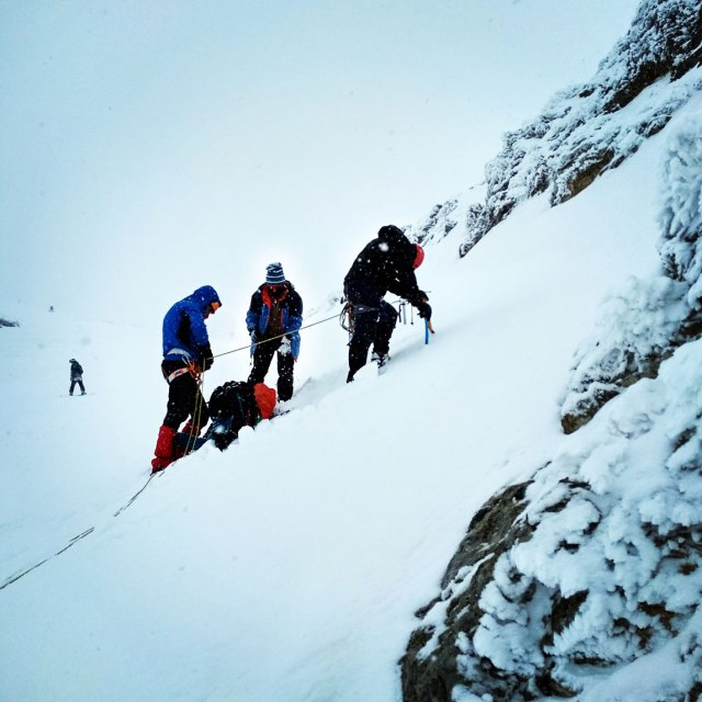 Aroani_Chelmos_Helmos_Winter_Mountaineering_6009