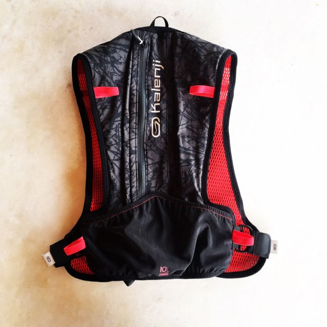 Kalenji_Trail_Running_Bag_10L_7893