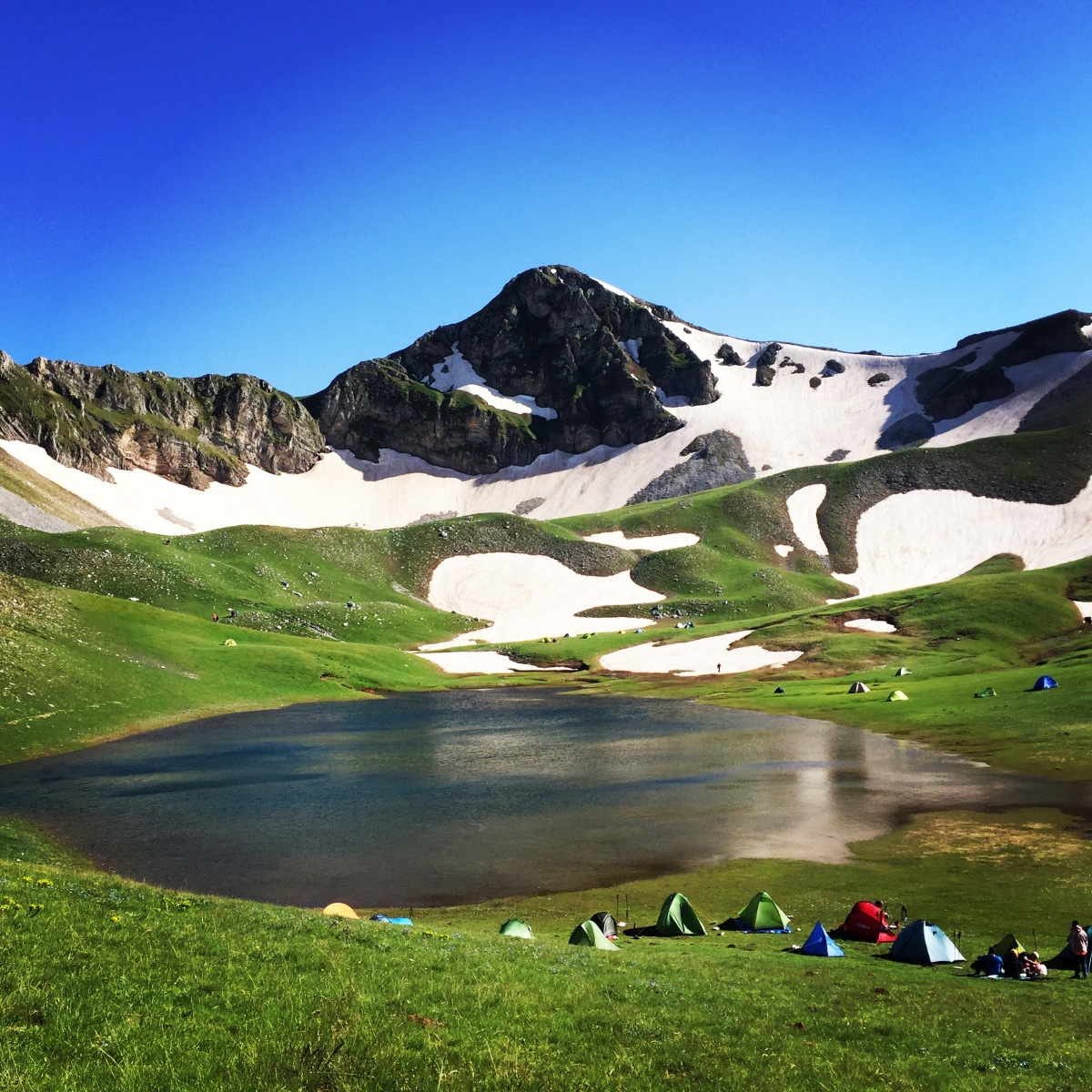 Verliga alpine lake - Wild camping on Greece's secret paradise