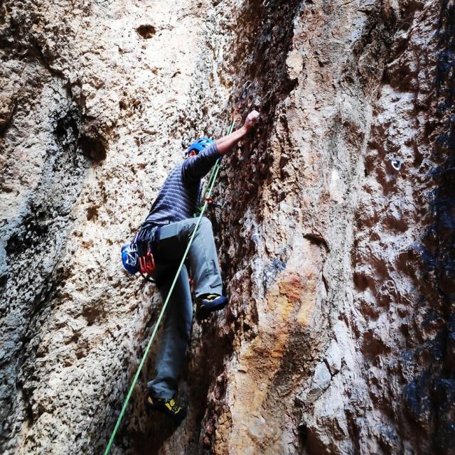 Climbing_Franchthi_Caves_Ermionida_Argolis_142539_909