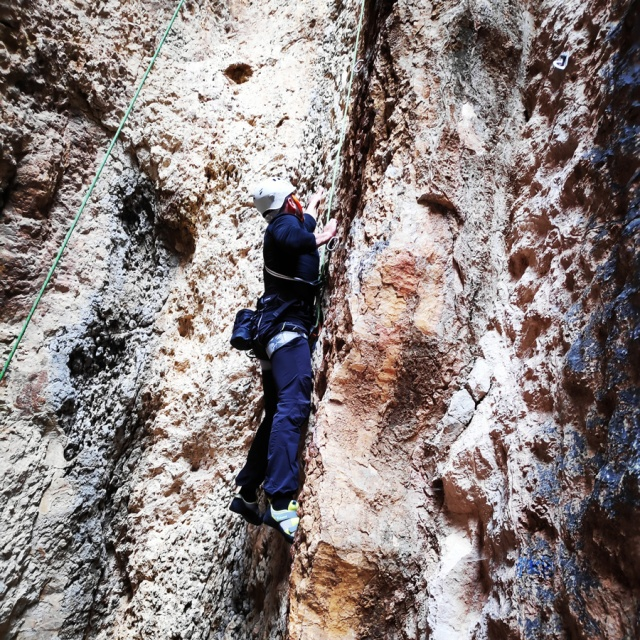 Climbing_Franchthi_Caves_Ermionida_Argolis_142821_605