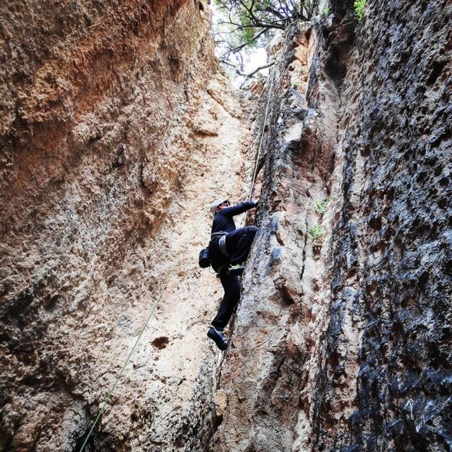 Climbing_Franchthi_Caves_Ermionida_Argolis_142905_222