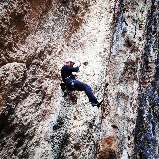 Climbing_Franchthi_Caves_Ermionida_Argolis_142933_943