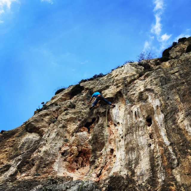 Climbing_Fyli_Pano_Alogopetra_2759