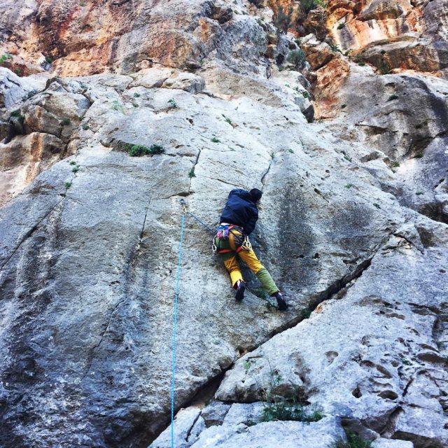Climbing_Katafyki_Ermioni_Argolis_2306