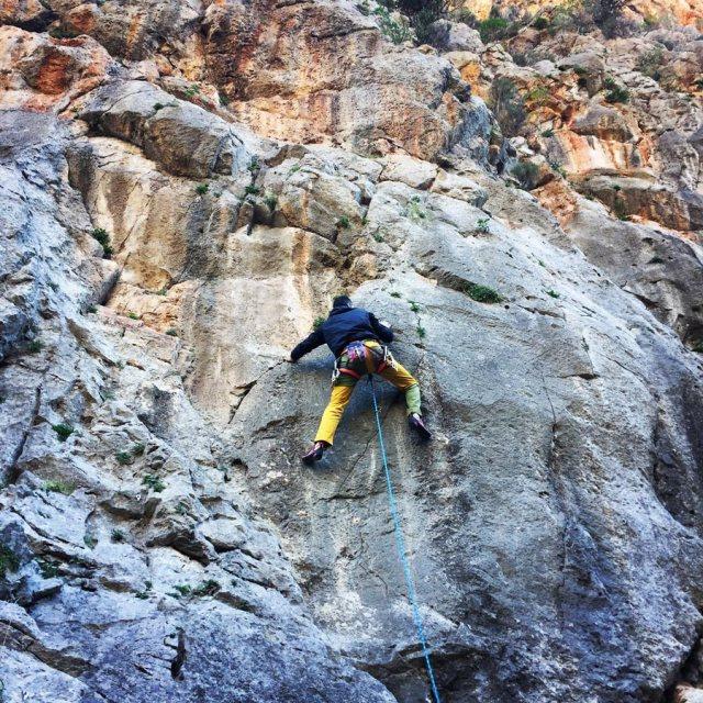 Climbing_Katafyki_Ermioni_Argolis_2309