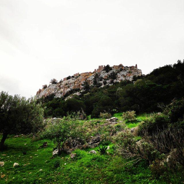 Climbing_Kastro_Thermisia_Castle_03