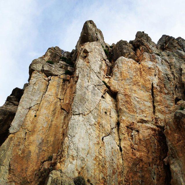Climbing_Kastro_Thermisia_Castle_10