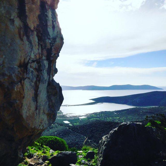 Climbing_Kastro_Thermisia_Castle_17
