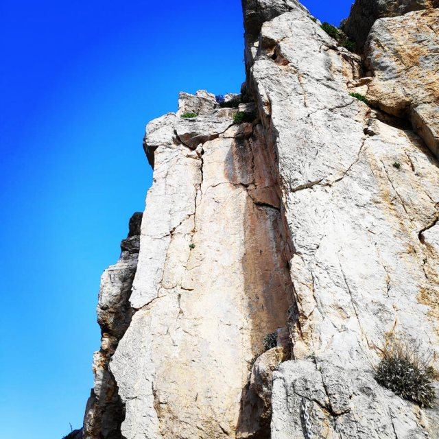 Climbing_Kastro_Thermisia_Castle_20