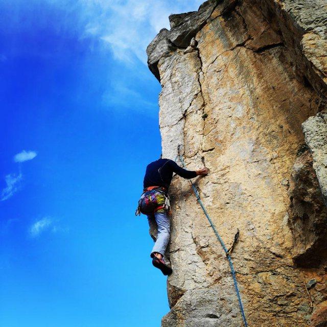 Climbing_Kastro_Thermisia_Castle_24