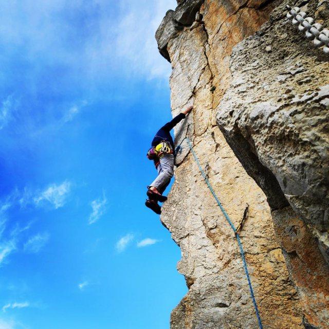 Climbing_Kastro_Thermisia_Castle_25