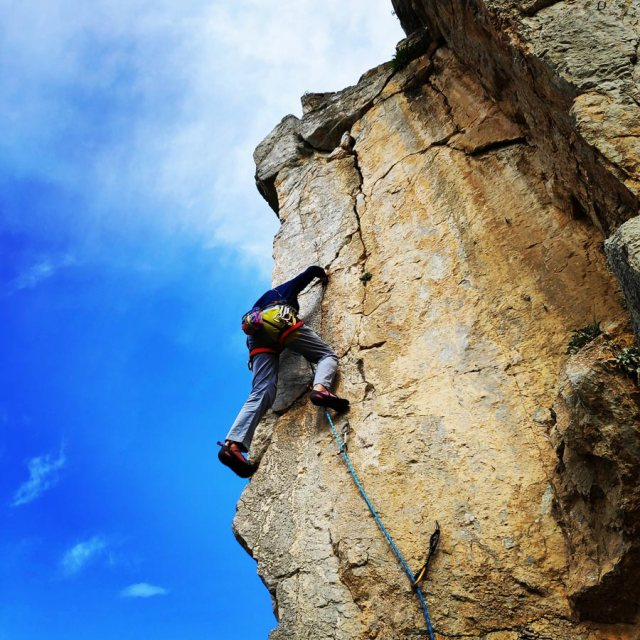 Climbing_Kastro_Thermisia_Castle_26