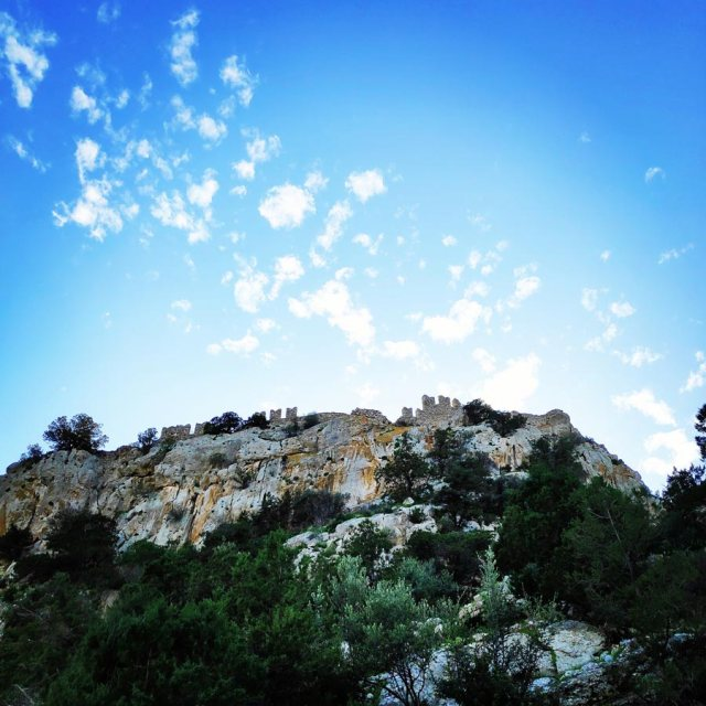 Climbing_Kastro_Thermisia_Castle_34