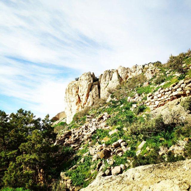 Climbing_Kastro_Thermisia_Castle_36