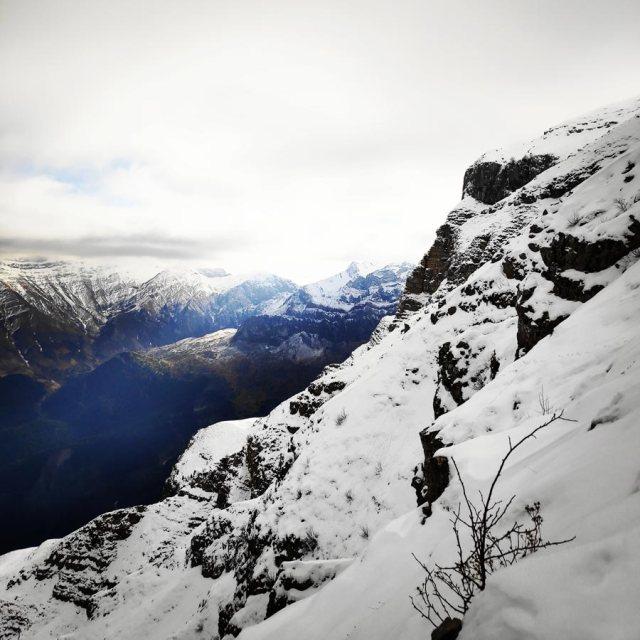 Winter_Climb_Tzoumerka_Athamanika_Stroggoula_Agrofylakas_Couloir_20181222_173329_136