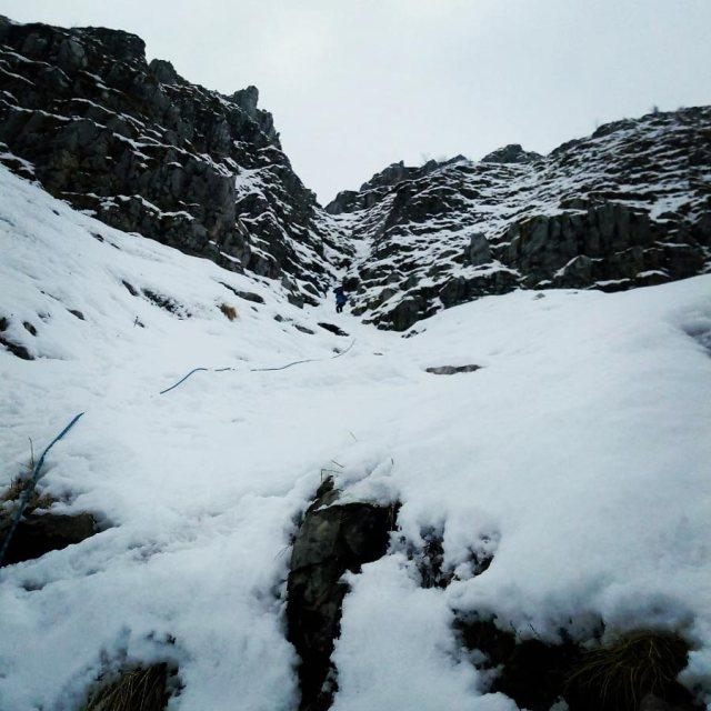 Winter_Climb_Tzoumerka_Athamanika_Stroggoula_Agrofylakas_Couloir_20181224_092841_595