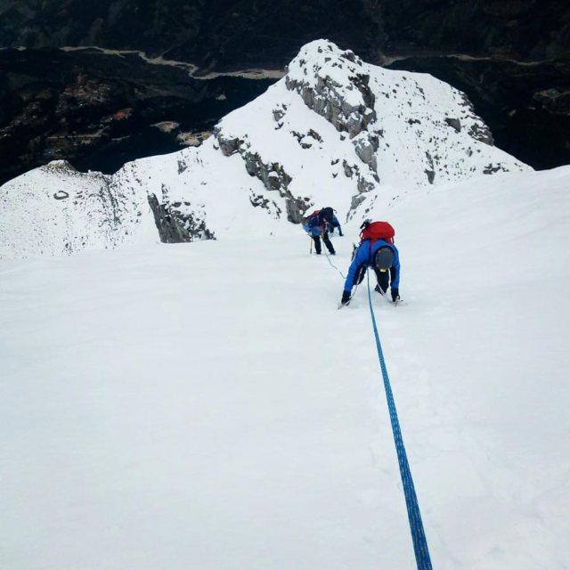 Winter_Climb_Tzoumerka_Athamanika_Stroggoula_Agrofylakas_Couloir_20181224_092857_366