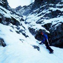 Winter_Climb_Tzoumerka_Athamanika_Stroggoula_Agrofylakas_Couloir_20181224_092919_427