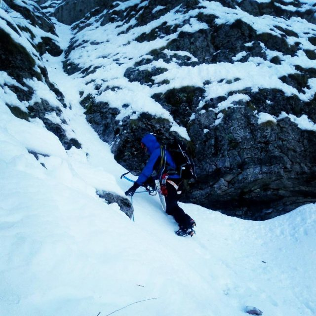 Winter_Climb_Tzoumerka_Athamanika_Stroggoula_Agrofylakas_Couloir_20181224_092930_701