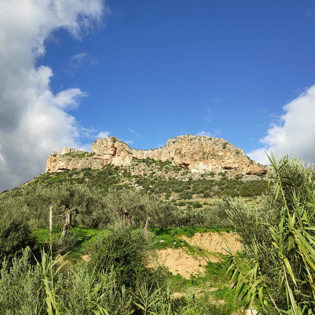 Climbing_Castle_Thermisia_Lizard_Rock_Argolis_Greece