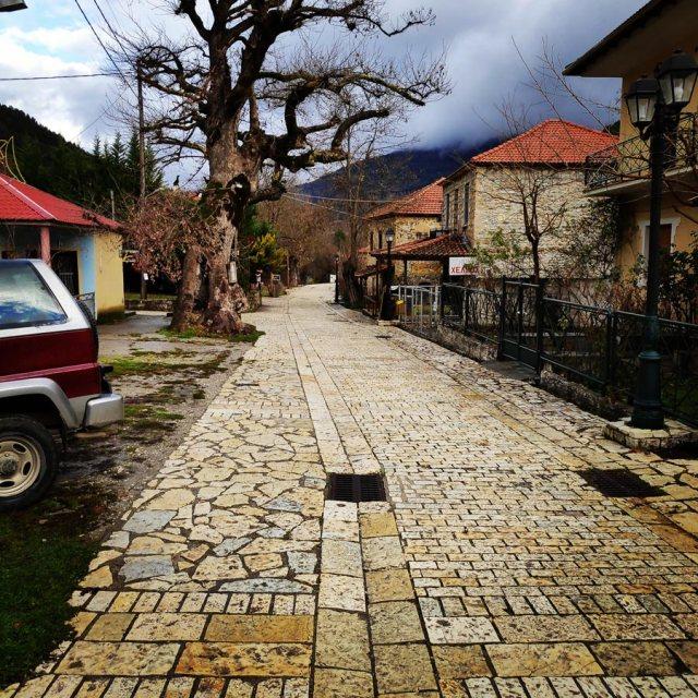 Gardiki-Zarouchla-Aroania-Arete-Helmos_20181210_070937_703