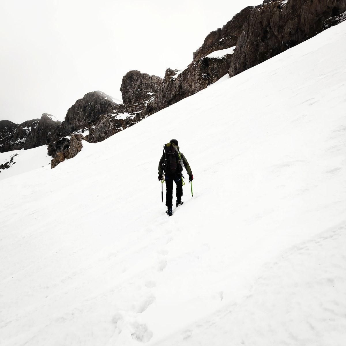 Alpine Climb on Mount Xerovouni via Central Couloir