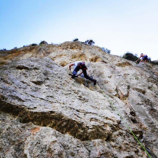 Climbing_Korakofolia_Parnitha__081638_523