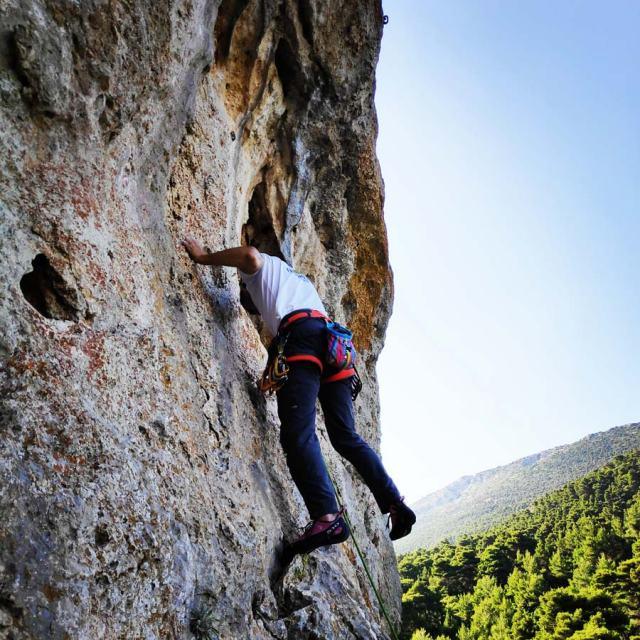 Climbing_Korakofolia_Parnitha__081927_824