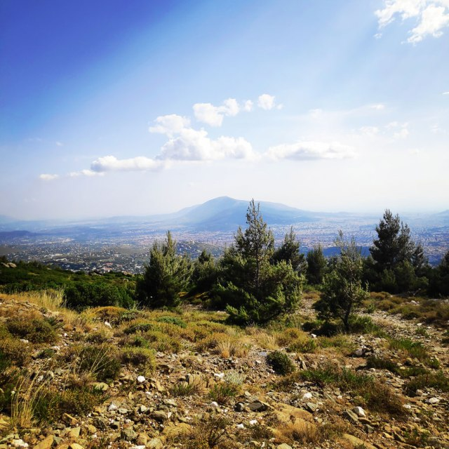 Climbing_Sibligades_Penteli_Athens_125717_884