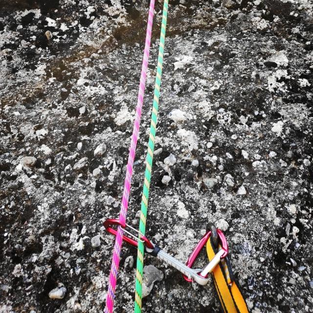 Climbing_Meteora_Doupiani_Rock_073343_007