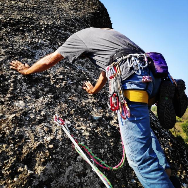 Climbing_Meteora_Doupiani_Rock_073408_760