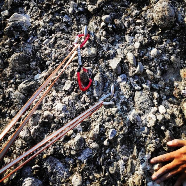 Climbing_Meteora_Doupiani_Rock_073627_587