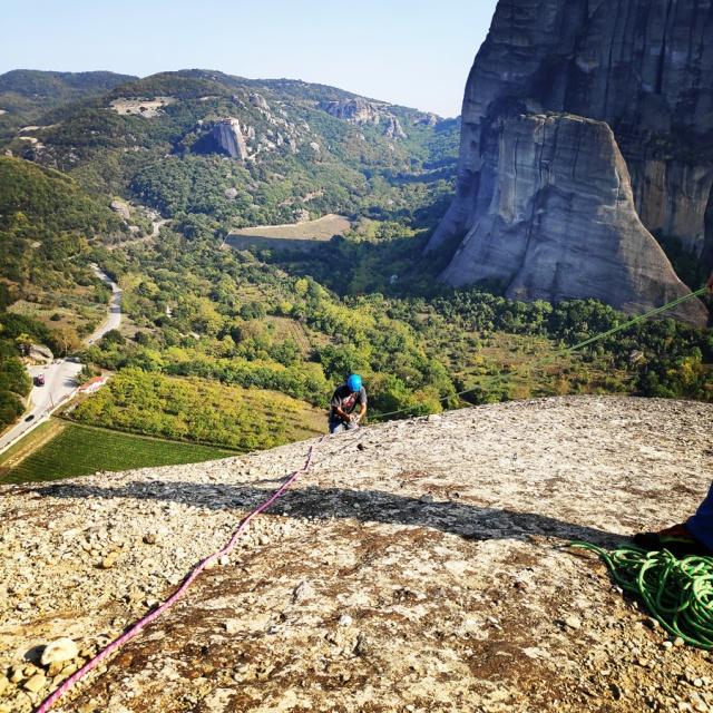 Climbing_Meteora_Doupiani_Rock_090027_172