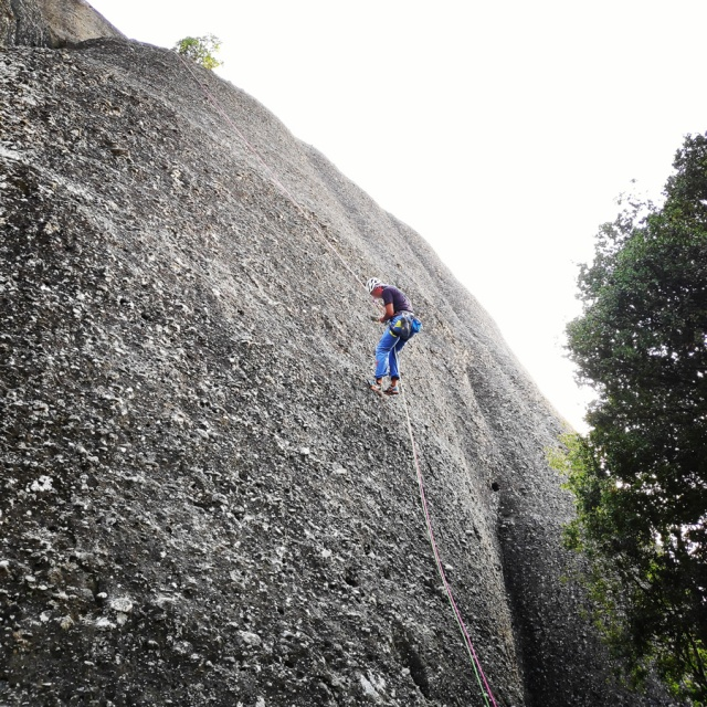 Climbing_Meteora_Doupiani_Rock_090346_098