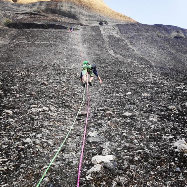 Climbing_Meteora_Doupiani_Rock_090904_325