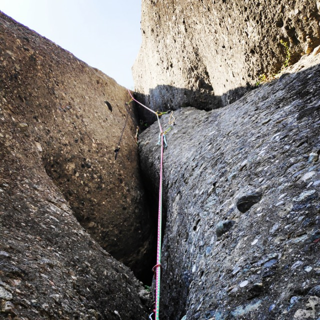 Climbing_Meteora_Doupiani_Rock_091442_565