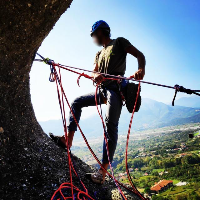 Climbing_Meteora_Doupiani_Rock_092002_981