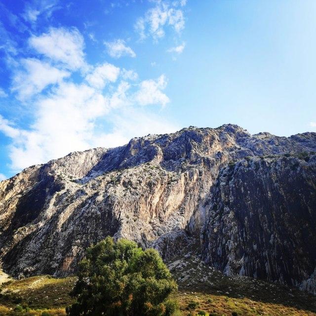 Climbing_Varasova_064903_676