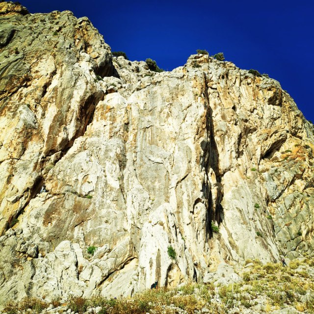 Climbing_Varasova_065722_609