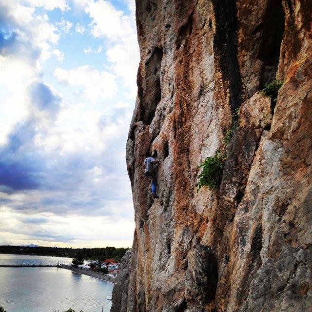 Climbing_Varasova_065822_137