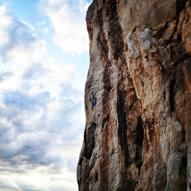 Climbing_Varasova_065941_612