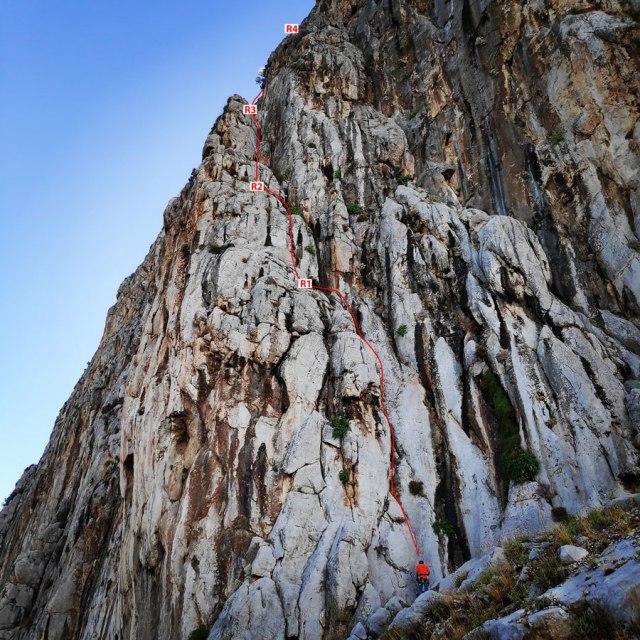 Climbing_Varasova_070106_040_b