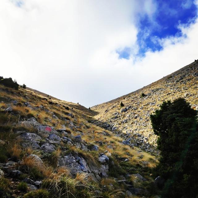Hiking_Parnonas_Greece_210456_550